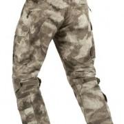Vista trasera del pantalón Raider Mk:III en camuflaje A-TACS AU